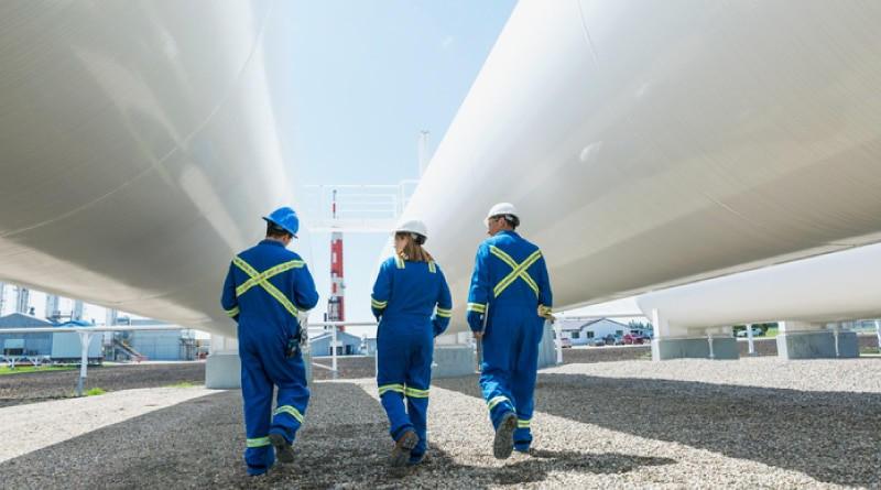 Occupational hazards in the oil and gas industry: 5 important ways to reduce risk